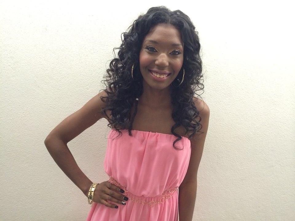 Solange Muxanga - Rising Star