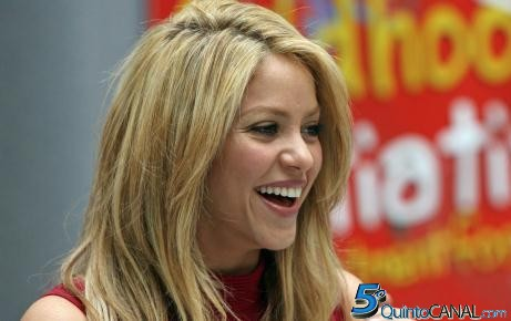 Shakira e Usher são os novos treinadores de «The Voice»