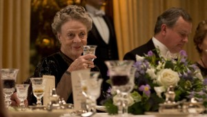 Downton-Abbey-5-7-Maggie-Smith