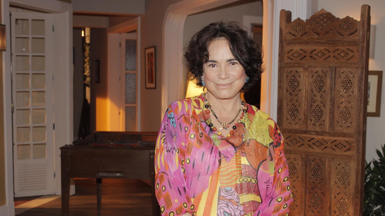 Regina Duarte sobe ao palco em Portugal
