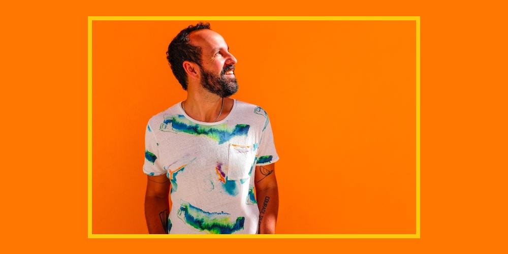 Momo apresenta disco «Voá» ao vivo no Porto