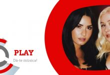 ► Play   Christina Aguilera ft. Demi Lovato – Fall In Line
